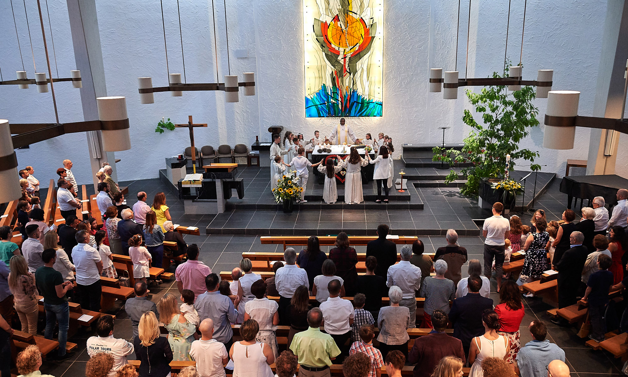 KATHOLISCHE KIRCHE ST. MAURITIUS ENGSTRINGEN